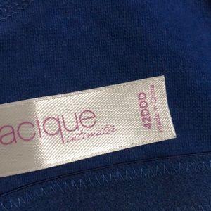 Cacique Intimates & Sleepwear - Cacique cotton bra 42DDD